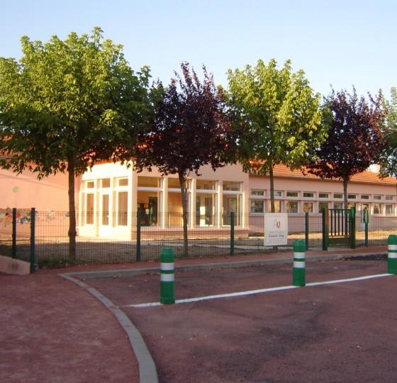 RESTRUCTURATION DE L'ECOLE MATERNELLE POUILLY LES NONAINS (42