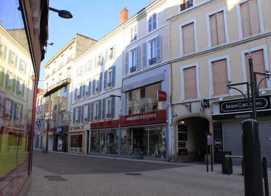 AMENAGEMENT D'UN MAGASIN AMBIANCE & STYLES A ROANNE (42)