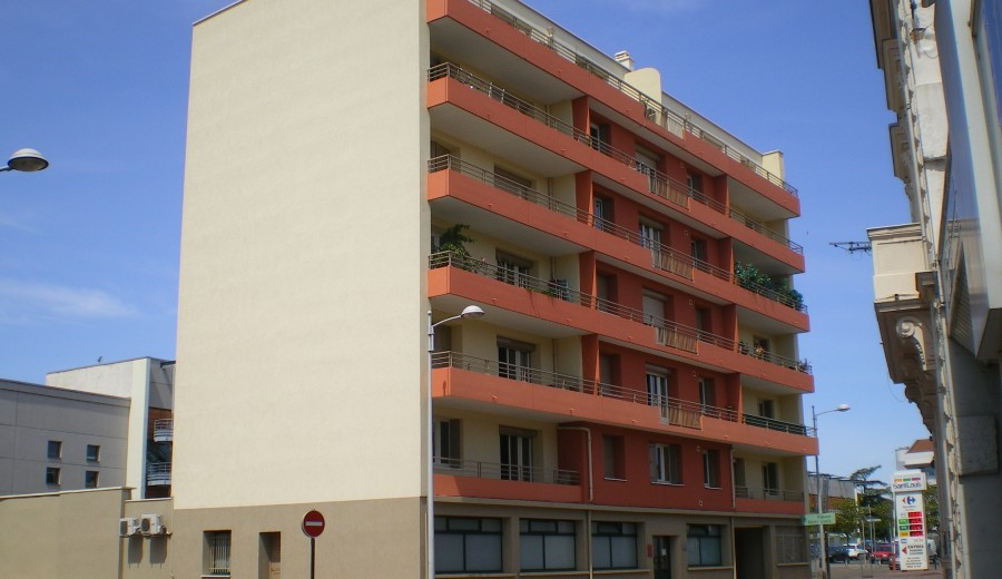 RENOVATION ENERGETIQUE D'UN ENSEMBLE DE 17 LOGEMENTS A ROANNE (42)